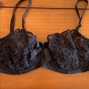 Victoria's Secret Black Lace Bra 34D